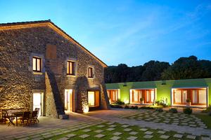 коммерческая недвижимость в испании, Отель в Vall-Llobrega.jpg