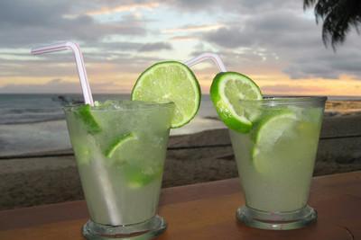 напитки испании, Кайпиринья.jpg