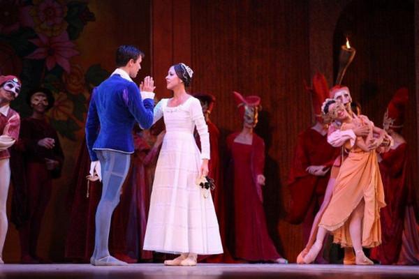 мероприятия в испании, опера.jpg