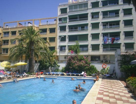 Hotel Rosa Nautica.jpg