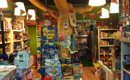 игрушки в барселоне, магазины в барселоне.jpg