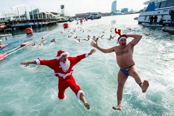 праздники в испании,  День пловца в Барселоне.jpg