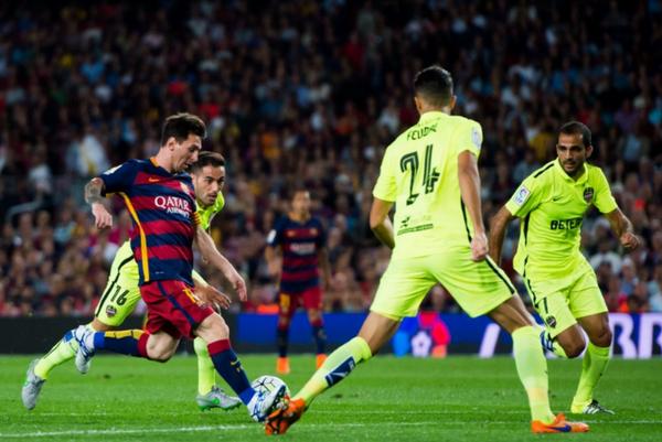 футбол в испании, Барселона — Леванте.jpg