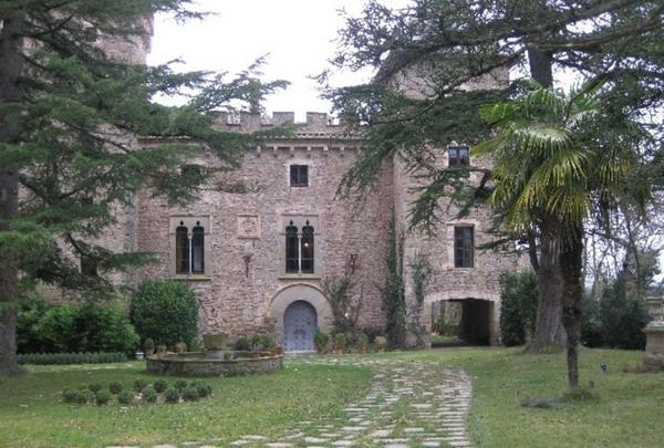 Продажа замка в испании дубай недвижимость недорого