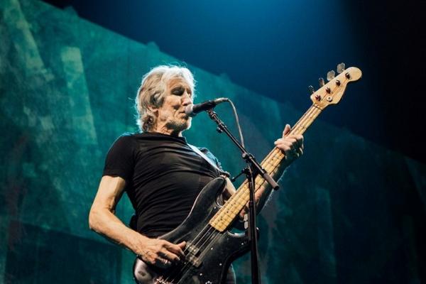 Roger Waters Us.jpg