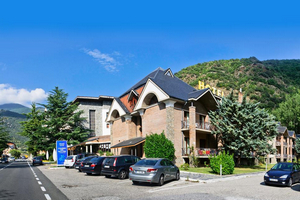 RVHotels Condes del Pallars.jpg