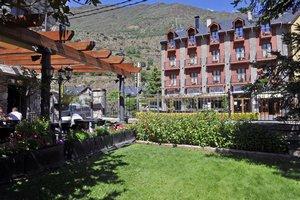 Hotel Vall dAneu.jpg