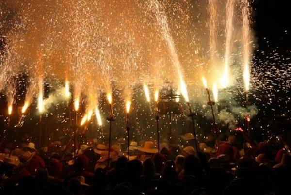 фестиваль в испании, Aquelarre de Cervera.jpg