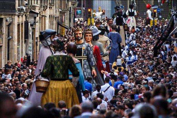 праздники в каталонии, lamerce.jpg