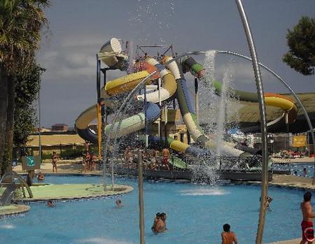 Аквапарк Illa Fantasia в Барселоне