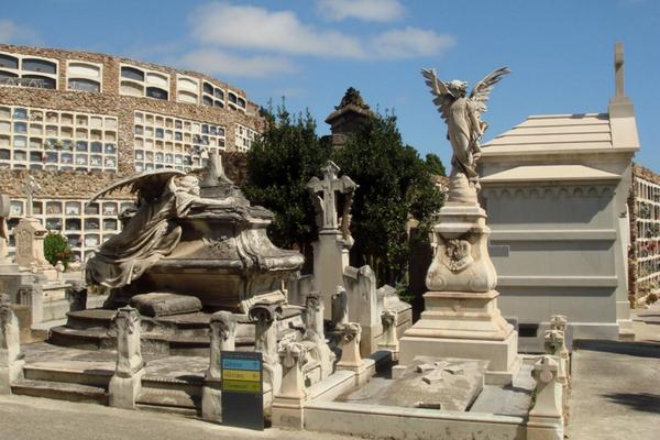 кладбище монжуик 8.jpg