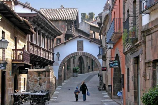испанская деревня poble espanyol 4.jpg