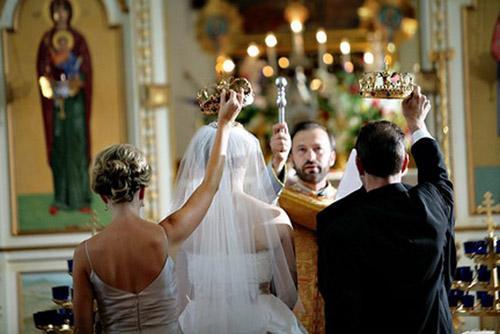 венчание в церкви.jpg