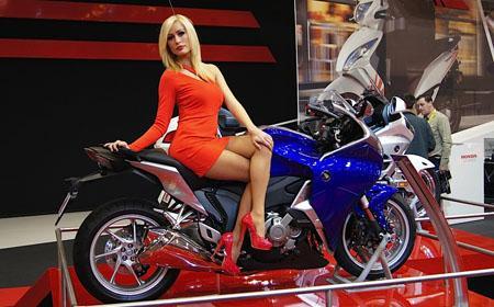 шоу мотоциклов.jpg