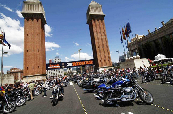 фестиваль в испании, Harley Davidson.jpg