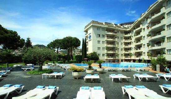 Aqua Hotel Montagut.jpg