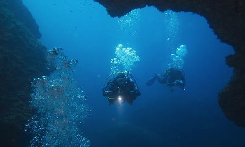 пещера Дофи Суд.jpg