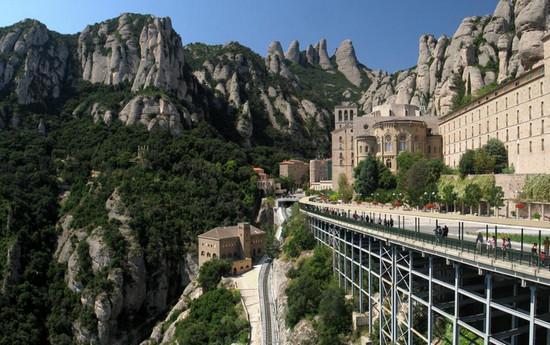Достопримечательности Каталонии.jpg