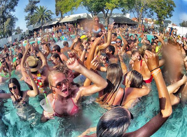 Summer Breeze Beach Party в Ллорет де Мар.jpg