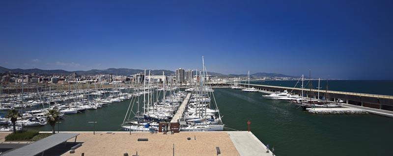 Порт Бадалоны.jpg