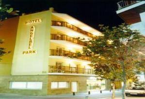 Angelbel Park Hotel Lloret de Mar.jpg