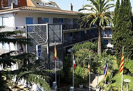 Hotel Bell Repos.jpg