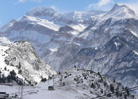 лыжный курорт Каталонии.jpg