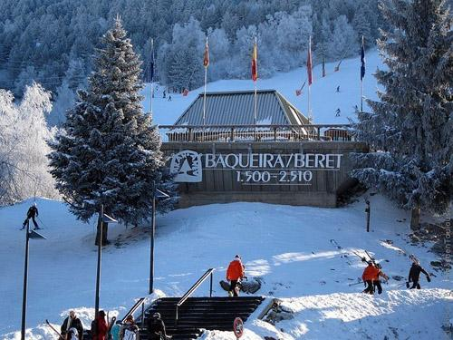 Bakejra-Beret-01.jpg