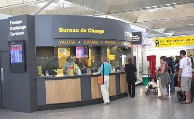 обмен валют в аэропорту барселоны.jpg