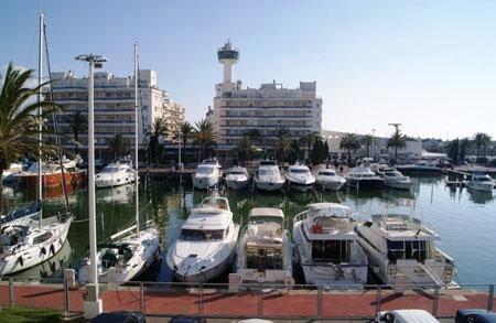 купить яхту в испании.jpg