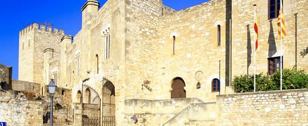 Parador de Tortosa.jpg