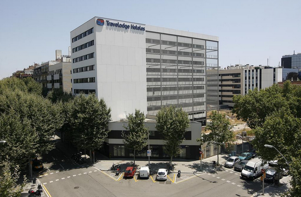 travelodge barcelona poblenou.jpg