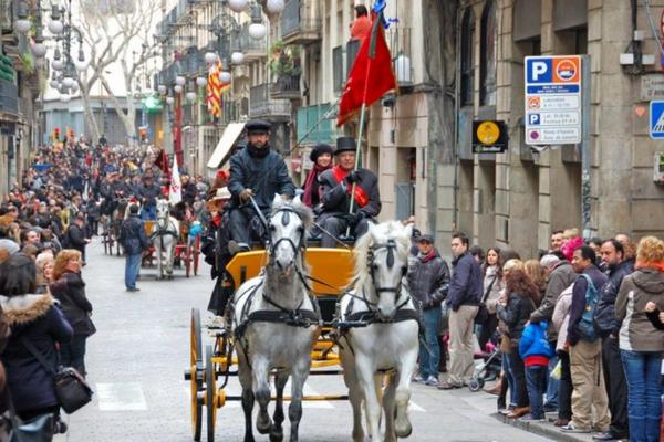 праздники в испании,  Tres Tombs.jpg